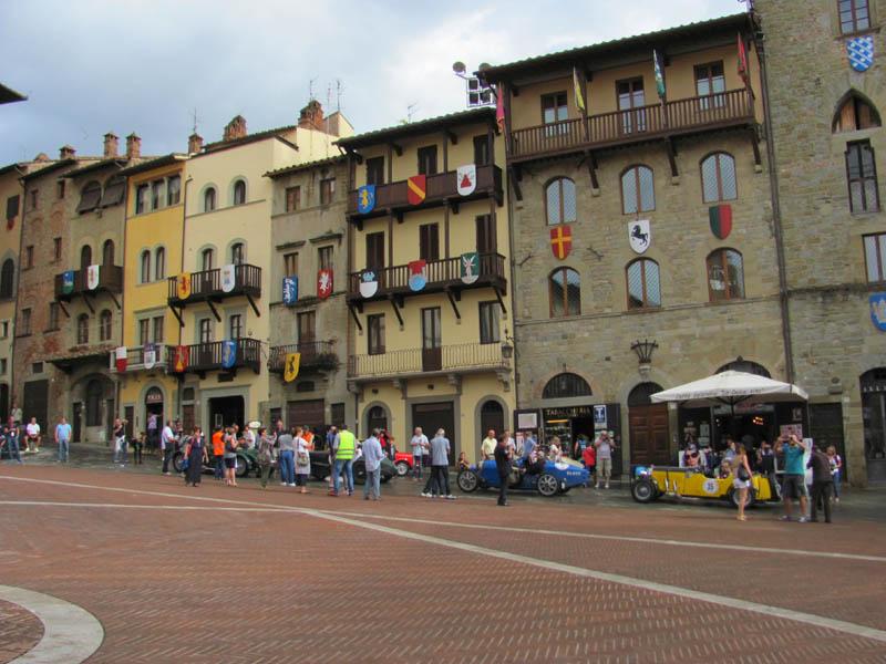 piazza-arezzo